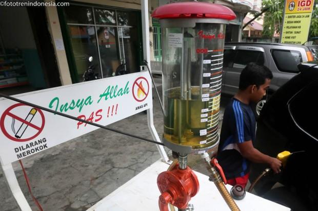 antarafoto pompa pertamini 060115 irp 4 Jual bensiin eceran Pertamini di Aceh